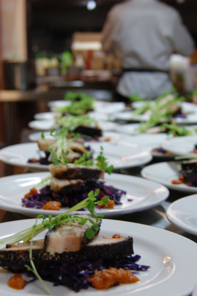 sit-down-catering-meal-service-noosa